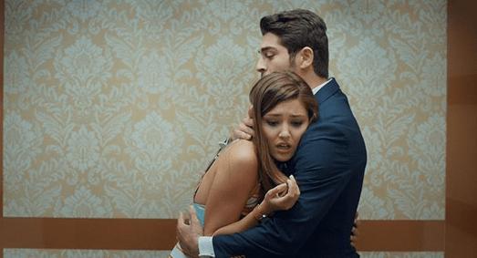 Aşk Laftan Anlamaz (Dragostea nu înțelege cuvintele) cu Hande Erçel și Burak Deniz-Serial de comedie romantică 7