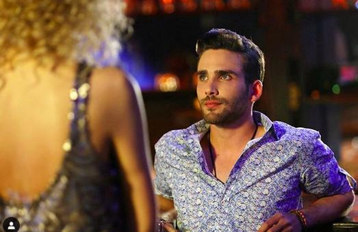 Aşk Laftan Anlamaz (Dragostea nu înțelege cuvintele) cu Hande Erçel și Burak Deniz-Serial de comedie romantică 4