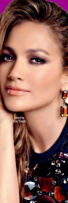 Jennifer Lopez, 10 ipostaze diferite 9