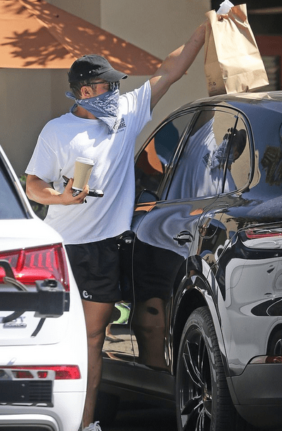 Orlando Bloom, 43, carries can of mace while running errands in Santa Barbara after fiancée Katy Perry is granted restraining order against stalker 8