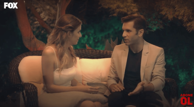 Episodul 10 din Sen Çal Kapımı (Bate la ușa mea) cu Hande Erçel și Kerem Bürsin. Secvențe Video 3