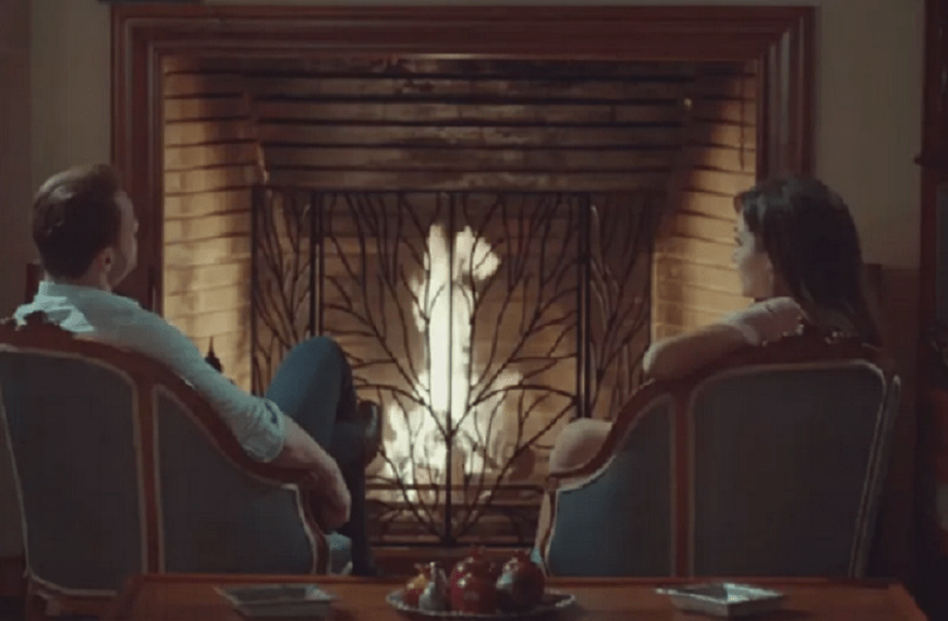 Episodul 10 din Sen Çal Kapımı (Bate la ușa mea) cu Hande Erçel și Kerem Bürsin. Secvențe Video