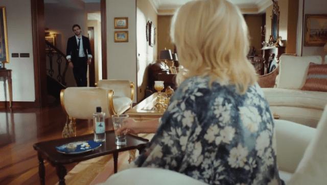İyi Günde Kötü Günde (Zile bune, zile rele)-Episodul 2 cu Elçin Sangu,Yasemin Allen și Ozan Dolunay. Secvențe Video 25