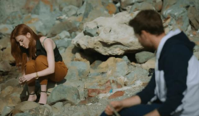 İyi Günde Kötü Günde (Zile bune, zile rele) Episodul 5 cu Elçin Sangu,Yasemin Allen și Ozan Dolunay. Secvențe Video 24