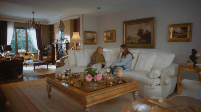 İyi Günde Kötü Günde (Zile bune, zile rele) Episodul 5 cu Elçin Sangu,Yasemin Allen și Ozan Dolunay. Secvențe Video 23