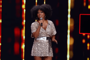 "Lakeetra Knowles, 46 ani, o voce senzațională pe scena X Factor:""It's A Man's World"""