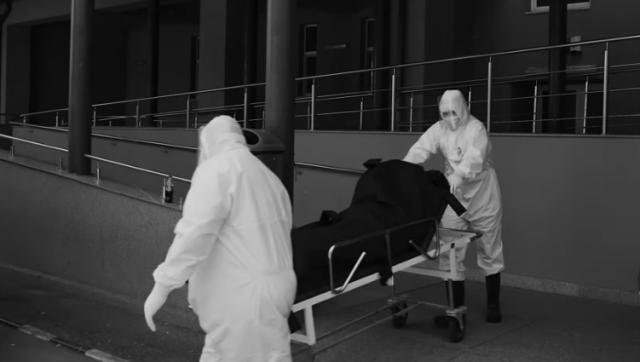 Actorul Benedict Cumberbatch, alături de artişti români, prezintă în proiecţii uriaşe lupta medicilor români cu virusul ucigaş 11