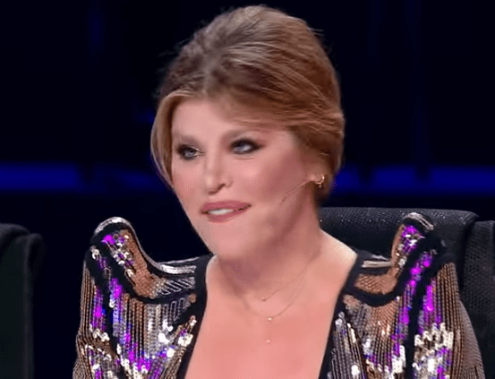 """Sonia Mosca la X Factor România 2020 cu piesa """"And I Am Telling You I'm Not Going"""" 4"""