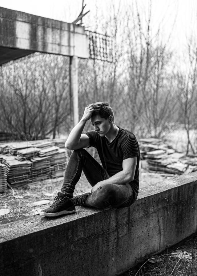 Diagnosticat cu psihoză, depresie și tulburare obsesiv compulsivă.El avea toxicitate de la mucegai 4
