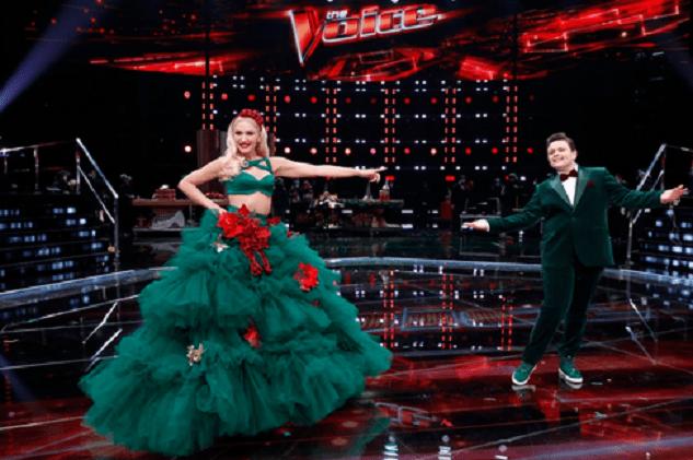 """Gwen Stefani în finala de la """"The Voice"""" alături de concurentul ei, Carter Rubin"""