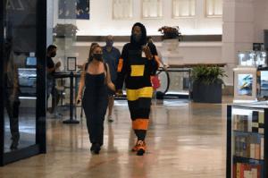 Vedeta NBA Malik Beasley, 24 ani, și-a șocat soția plimbându-se de mână cu Larsa Pippen