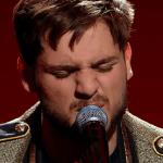 """Semifinala X Factor:Adrian Petrache, emoție pe scenă cu piesa """"Les Yeux De La Mama"""" 1"""