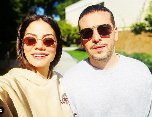 Actrița Demet Özdemir, 29 de ani și Oğuzhan Koç, cuplul anului 1