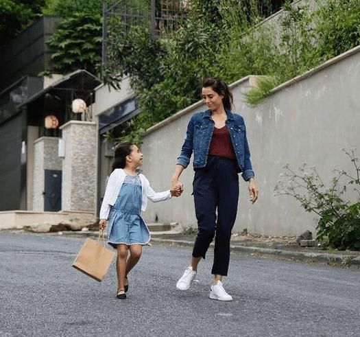"""Anne, serial turcesc bazat pe drama japoneză """"Mama"""" 1"""