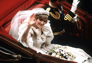 Princess Diana's wedding dress to be displayed in Kensington Palace
