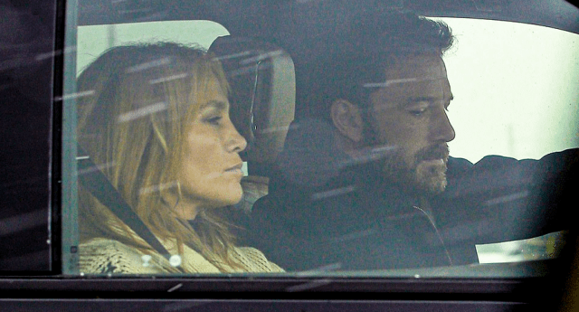 Ben Affleck și Jennifer Lopez escapadă romantică în weekend 8