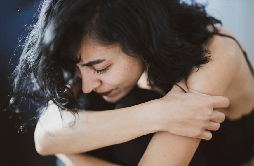 Fibromialgia: dureri insuportabile în tot corpul. Care sunt cauzele?