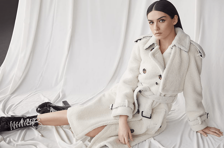 Hazar Ergüçlü: actrița din Turcia cu o carieră impresionantă