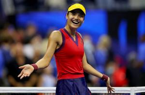 Emma Răducanu este în finală la US Open! Victorie fulminantă!