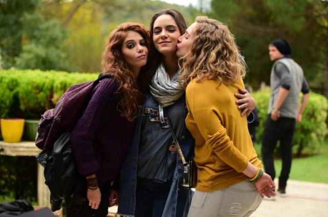 Su Kutlu, Asli Melisa Uzun, and Hayal Köseoglu în Prietenii mei (2016)
