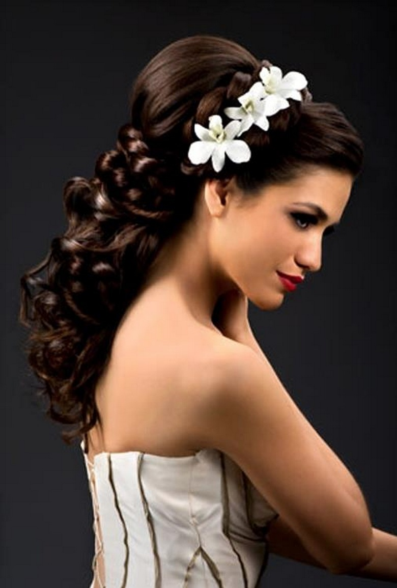 Pick the best ideas for your trendy bridal hairstyle  Wedding Destination Colombia