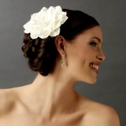 hair flowers bride elana