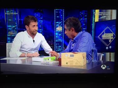 """Miguel Ángel Revilla presentando nuestros productos en """"El Hormiguero"""""""
