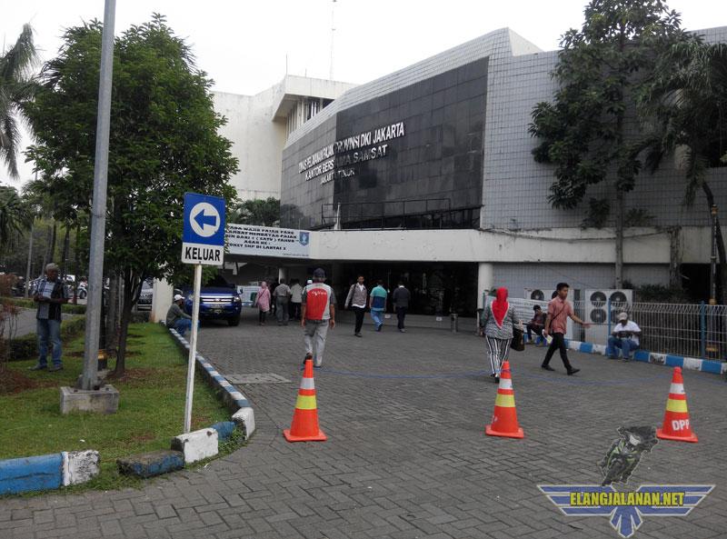 Catatan Perpanjang STNK 5 tahun dan Ganti Plat di SAMSAT Jakarta Timur