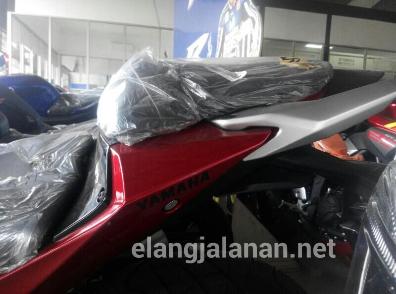 Jok Yamaha MT25
