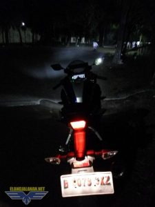 sorotan lampu headlamp All New R15 V3