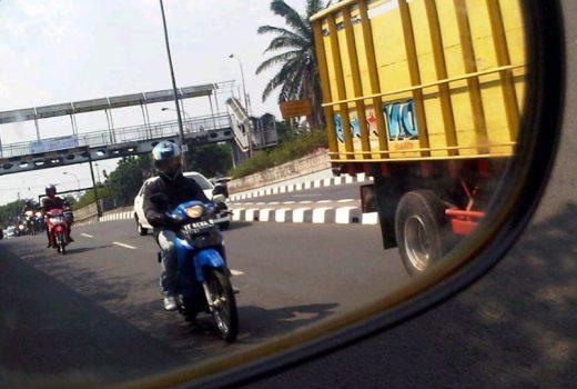 Etika Berkendara