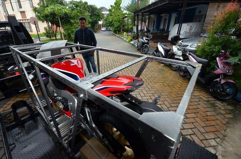 Fadillah menjadi Pemilik Pertama CBR1000RR SP