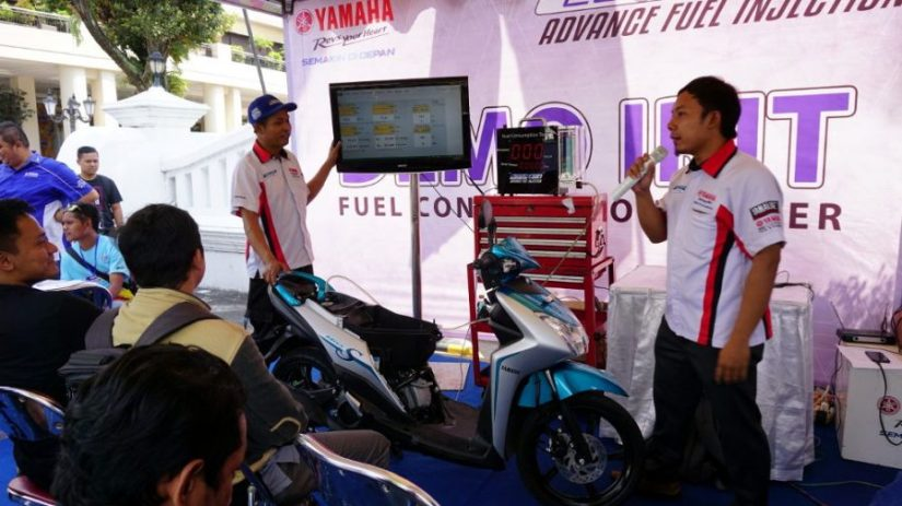 Blue Core Yamaha Motor Show Sambangi Sulawesi