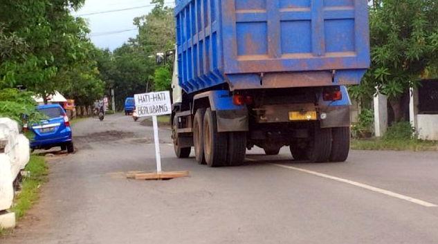 Antisipasi Bahaya Jalanan Berlubang