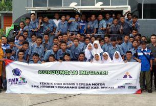 Tekiro Berikan Sharing Knowledge Siswa SMK