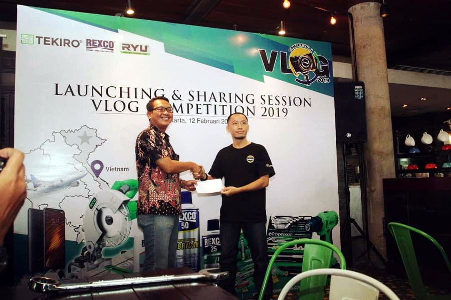 Mau Ke Vietnam Gratis dan Kamera Mirrorless? Ikuti Vlog Competition Tekiro