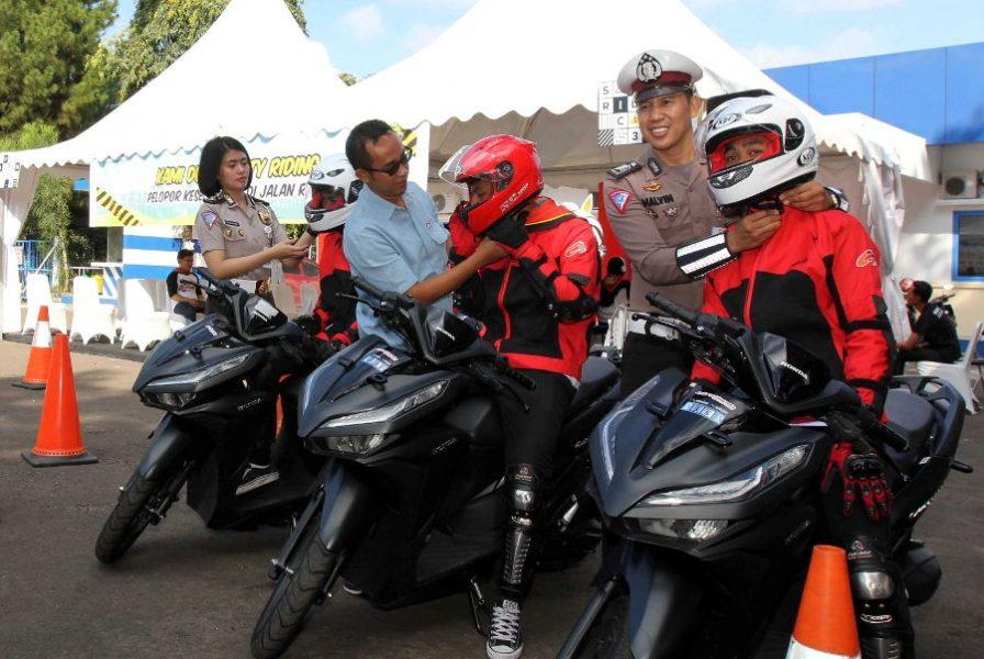 Safety Riding Camp AHM Siapkan Duta Berkarakter Positif
