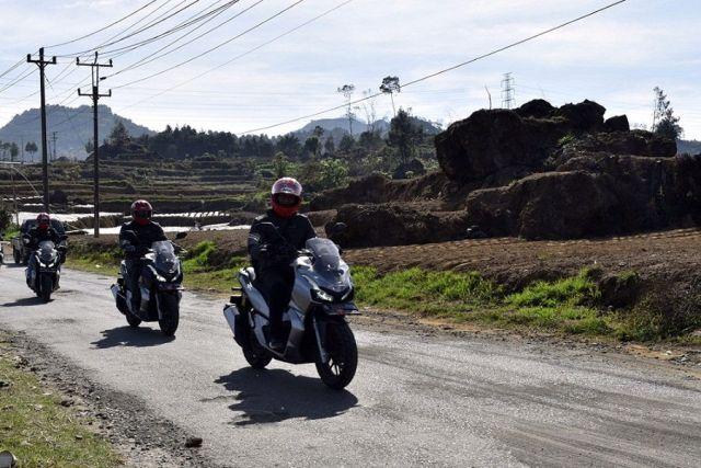 Fun Rally Honda ADV 150 Jakarta Dieng