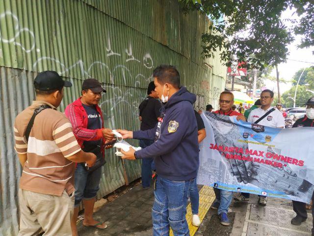 Jakarta Max Owners Berbagi Masker