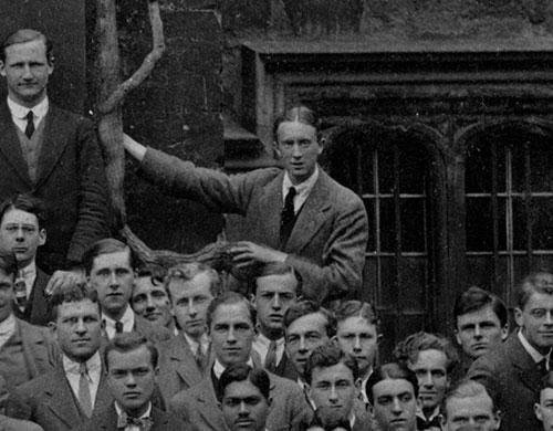 John Garth publica Tolkien at Exeter College – El Anillo Único