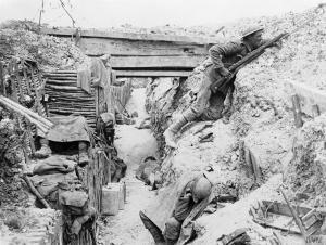 Trinchera de Ovillers (julio 1916) © IWM (Q 3990)