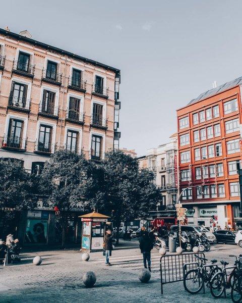 Cuanto sale un viaje a España