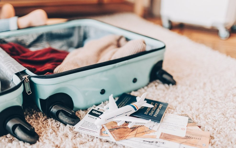 que llevar en un viaje a europa_maleta para viajar a europa