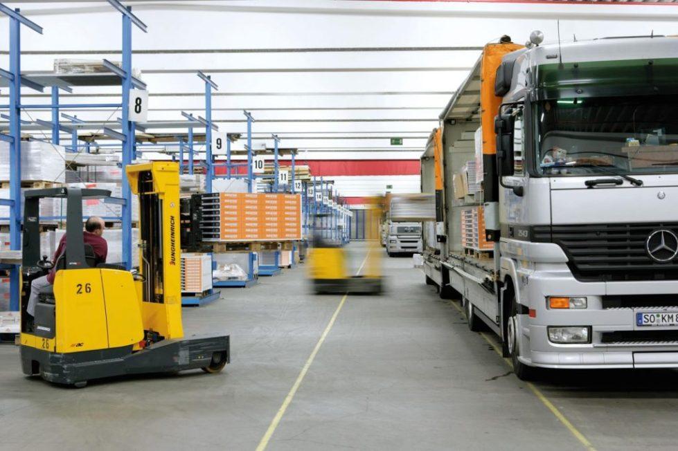 carga y descarga camión