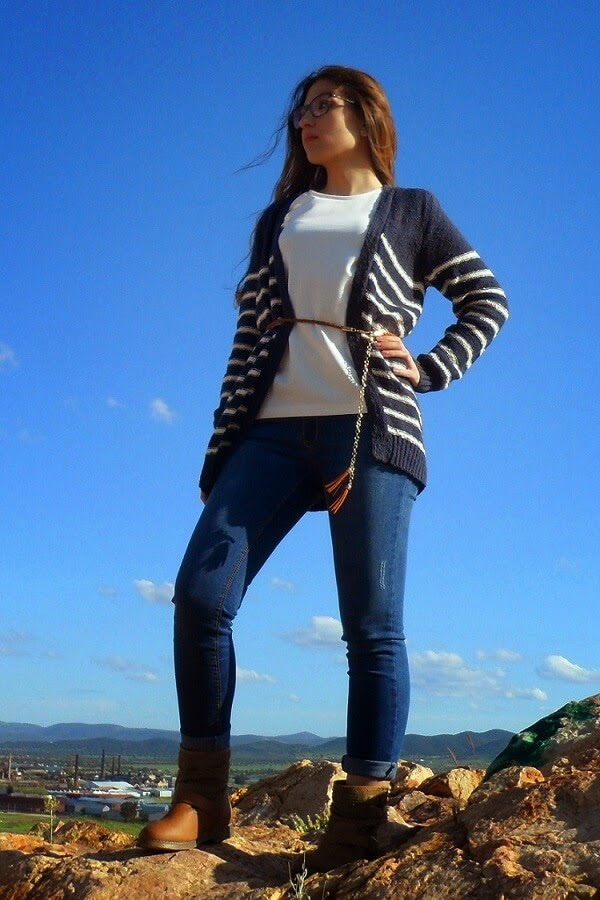 CASUAL LOOK BY CLOSSET GROVE