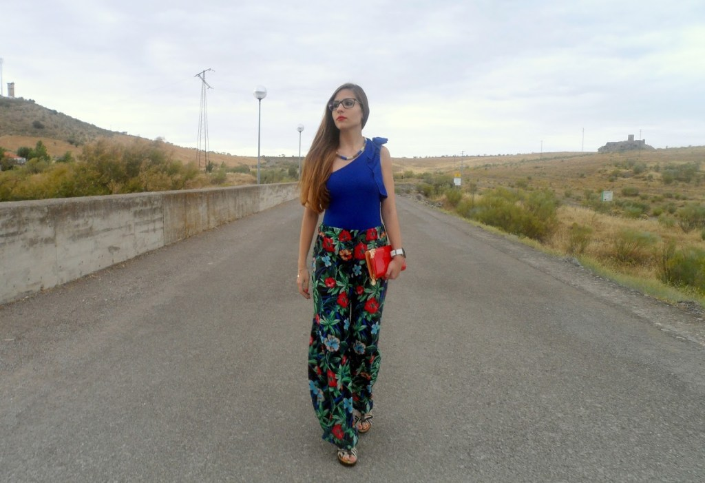 BODY & FLORAL PALAZZO