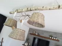DIY Astlampe mit Rattanschirmen