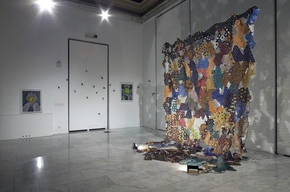 La obra 'La ceremonia de la cápsula' de Carlos Torio. Foto: Luis Asín.