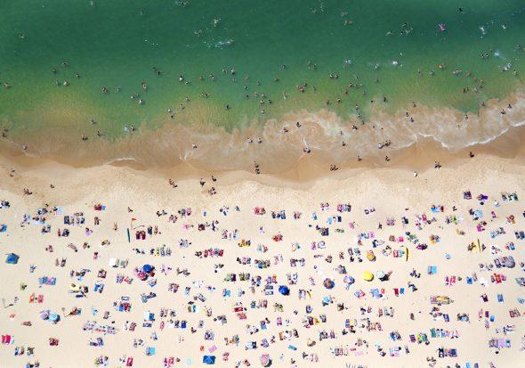 Fotografía de Gray Malin realizada en Coogee Beach.