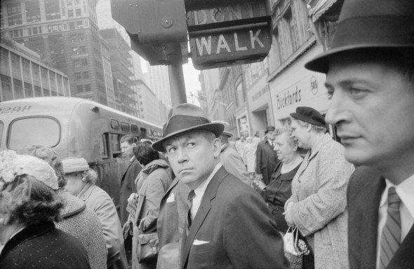 New York, 1962. Garry Winogrand. Revelado digital póstumo a partir del negativo original The Garry Winogrand Archive, Center for Creative Photography, The University of Arizona. © The Estate of Garry Winogrand, courtesy Fraenkel Gallery, San Francisco.
